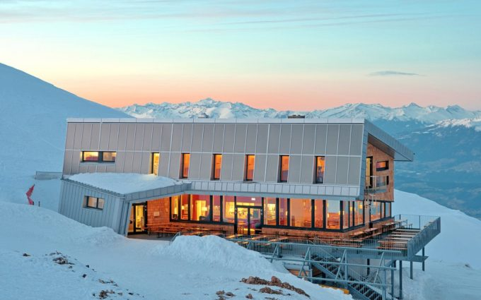 Gipfelhaus Dobratsch Überblick