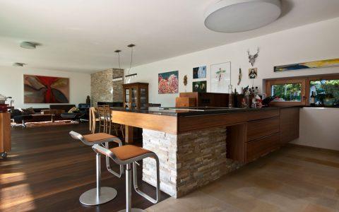 Willroider Meisterhaus Essbereich und Bar