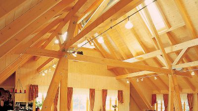 Willroider Holzmeisterhaus Dachstuhlausbau