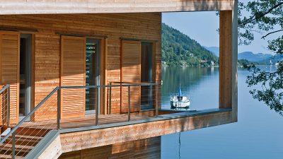 Willroider Holzmeisterhaus mit Ausblick auf See