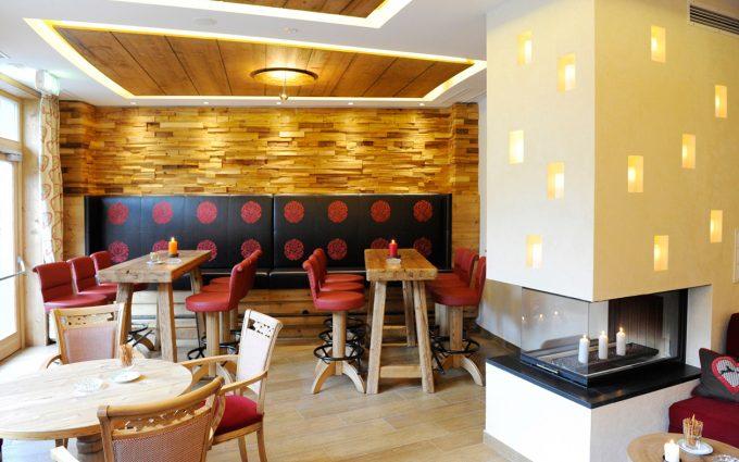Smoker Lounge Hotel Ronacher